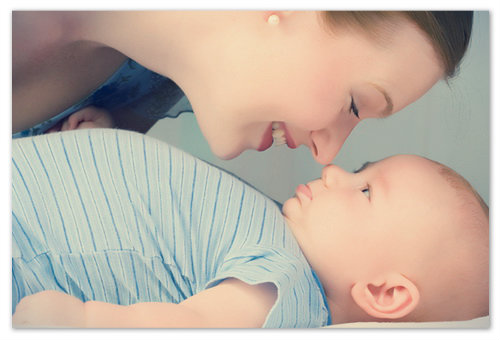Как научить малыша переворачиваться на живот со спины?
