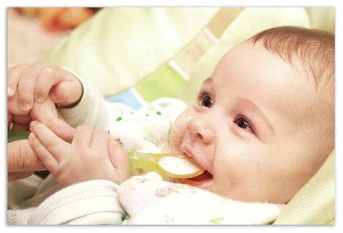 С какого возраста давать молоко ребёнку - новые правила, одобренные организацией здравоохранения