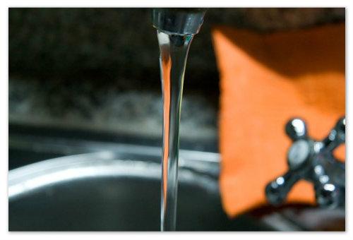 Струя воды