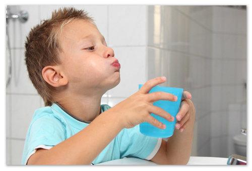 Как проводить полоскание горла?