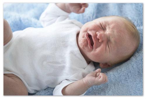 Как лечить запор у новорождённых.